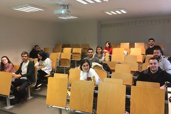 Bosch Termoteknik'ten Bahçeşehir Üniversitesi Öğrencilerine Marka Yönetimi Eğitimi